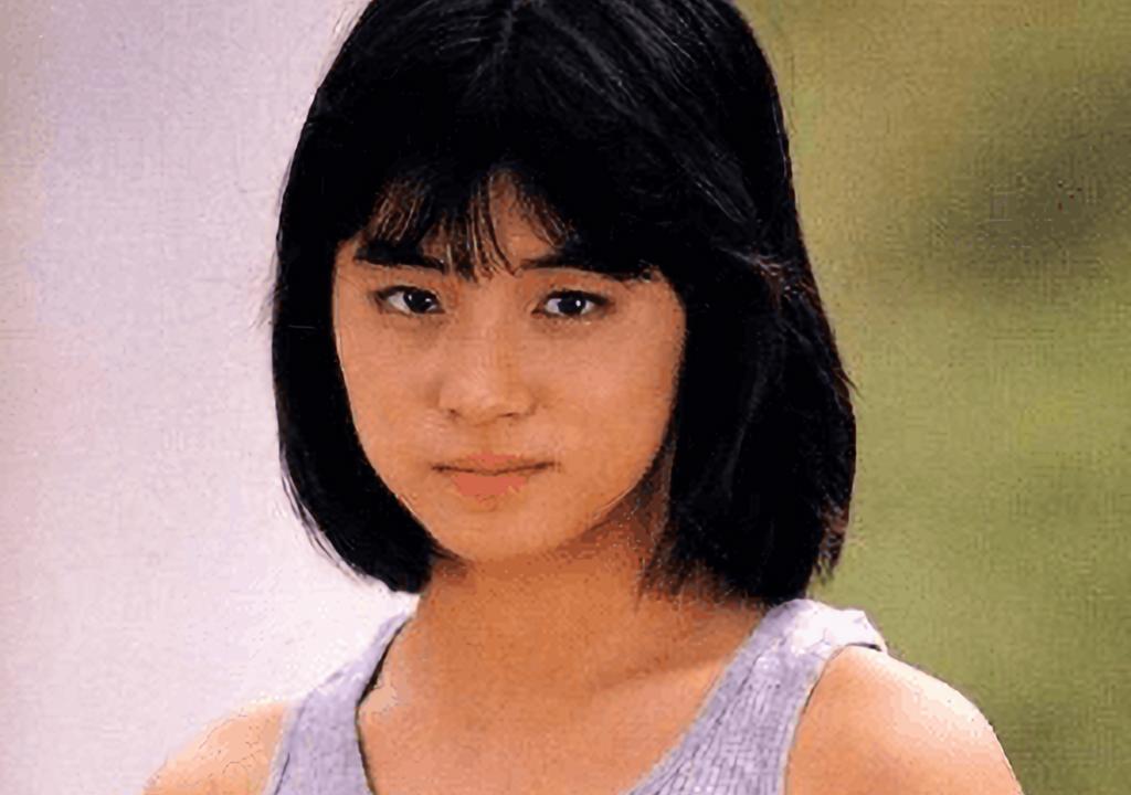 石田ゆり子 若い頃 画像 がっしり
